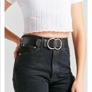 UO NWT belt
